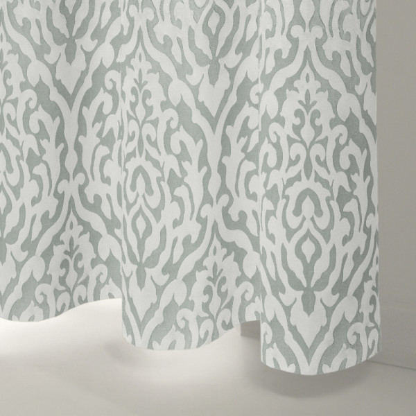 Style Studio Broadway Silver Curtain