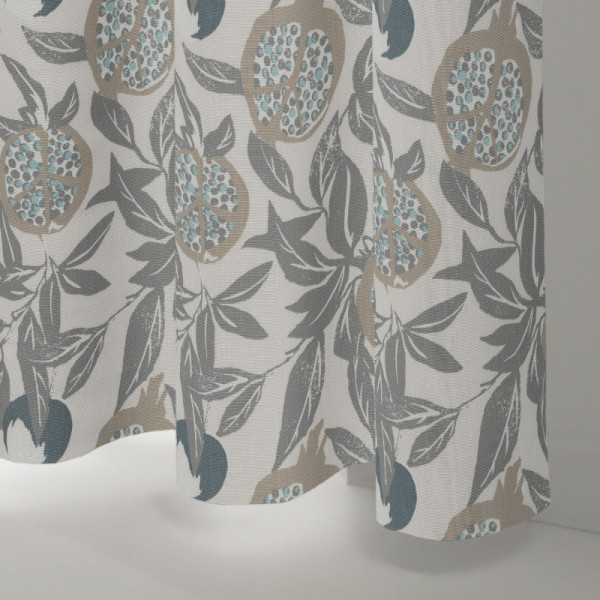 Style Studio Cardi Fog Curtain